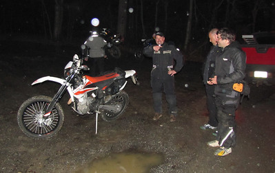 Alain & I got to the hotel, had dinner and were enjoying a drink when we got a distress call from our fellow riders who had not yet arrived. Tom had blown the motor on his KTM powered Beta........they do need oil to keep running! Chris was amused at Tom's misfortune!