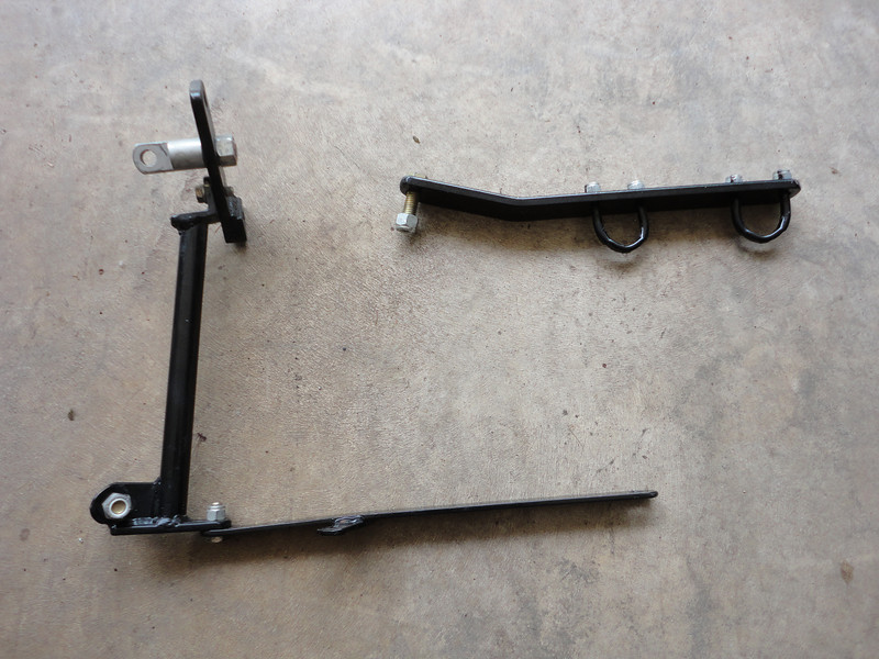 Another view of the 2000 Harley brackets that came with the Hannigan classic sidecar