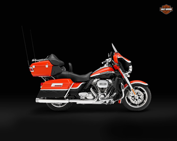 2010, Touring, FLHTCU, Electra Glide Ultra Classic, right broadside