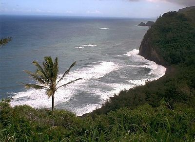 Pololu Valley from the Lookout