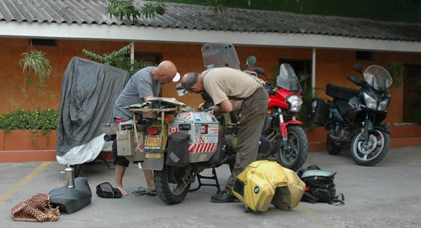 Ron & CJ, repairs in Choloteca, Honduras