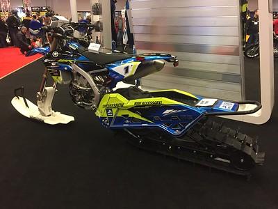 Yamaha 450 pour les pentes enneigées!