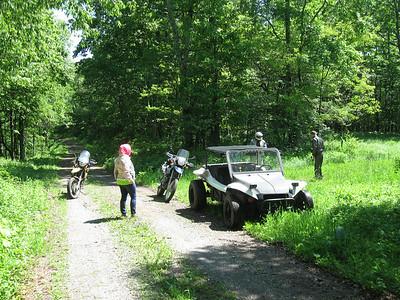 Jen, Bergen and matttys on Saturday's ride.