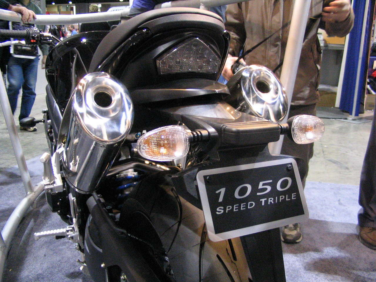 Upswept mufflers + short rear end + LED tail light = cool.  At least in 2005.