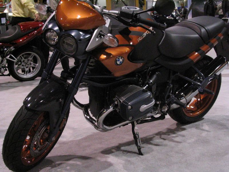 R1150 Rockster.  The mostly black motif de-emphasises the unusual shapes of the bike.