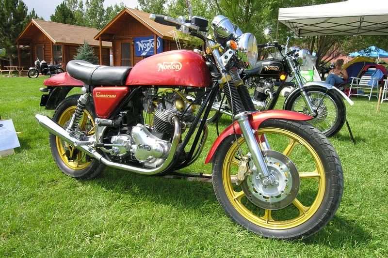 Norton 850 Commando custom
