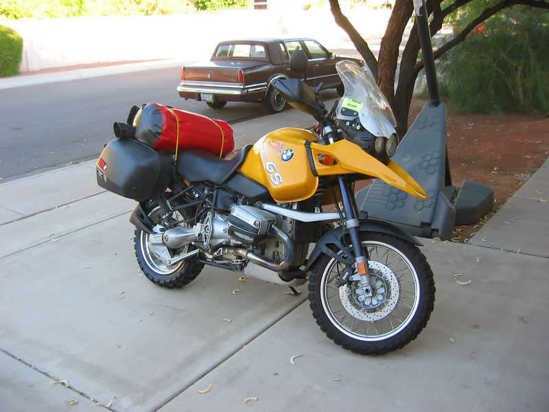 Packed and ready to depart, 8:00 am Thursday, 7/28/05.  The plan is to ride through southern Utah, camping somewhere near Cedar Breaks Natl. Monument.