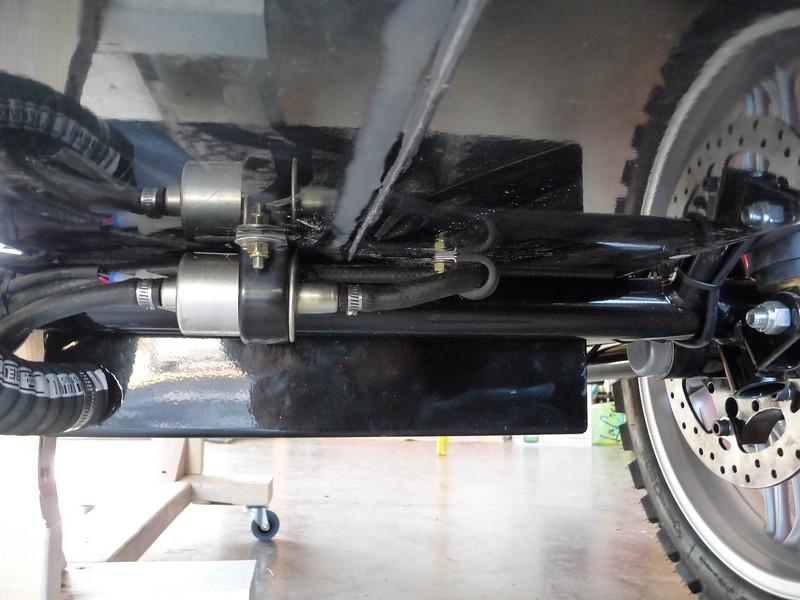 6 gallon fuel tank underneath Tub