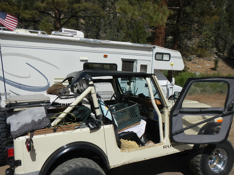Scott's camp and Jeep. Getting loaded on Tuesday.