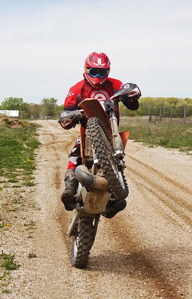 KTM-Wheelie1