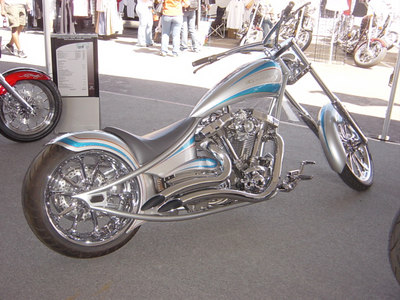 YES THIS IS A ROADSTAR RIGID