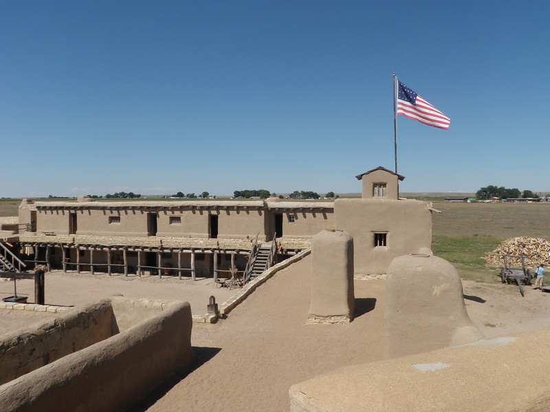 Bent's Old Fort -- how many stars on the flag?