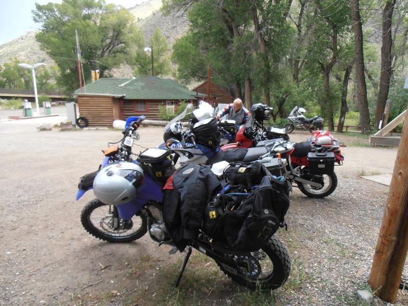 Woods Landing, Wyoming-Gas & Food stop