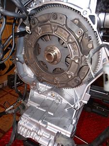 Il pacco frizione con tutto il volano era stato montato dopo l'ennesima rottura di cardano, esattamente novembre 2007.