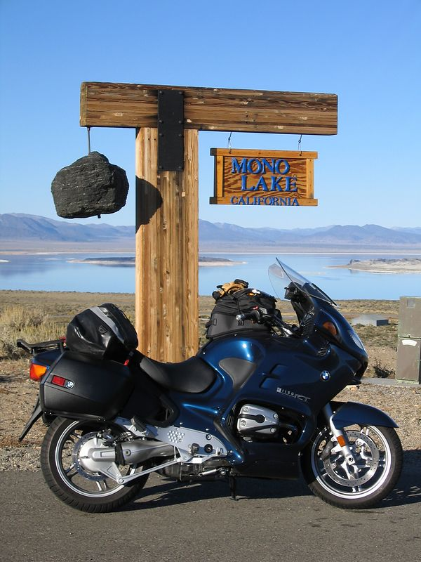 The destination for this trip is Lee Vining. Which is also the town nearest Mono Lake. Now it's not mono like the disease but Mono like as in Moan-O.