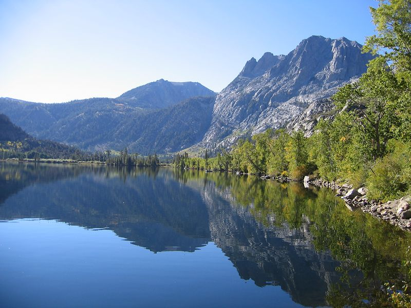 A beautiful mountain lake along the June Lake Loop.