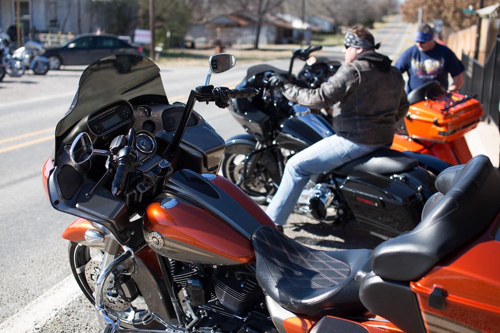 IMAGE: http://tex76.smugmug.com/Motorcycles/LightRoom-Uploads/i-6QxP5qp/1/XL/IMG_2621-XL.jpg