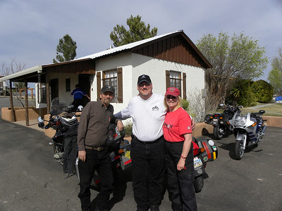 I am with Paul and Voni Glaves at the Marathon Motel
