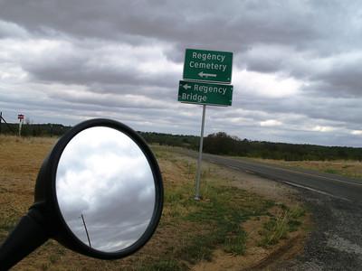 Ooooo...some dirt road riding til we cross the Regency Bridge!