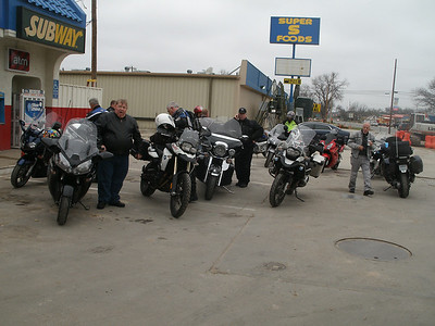 Entire group taking a short break in Sonora.  Are we keeping you up Rex???