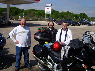 Stop for gas (all but me as I have 9.2 gallons)!  Jeff, Ruby and Howard.