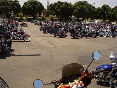 99% Harleys in the car park!