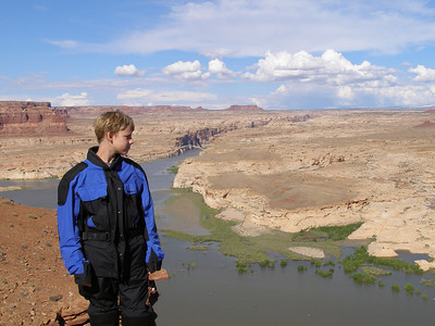 Zack overlooking Lake Powell at Glen Canyon, Utah