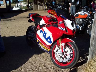 Ducati 999.