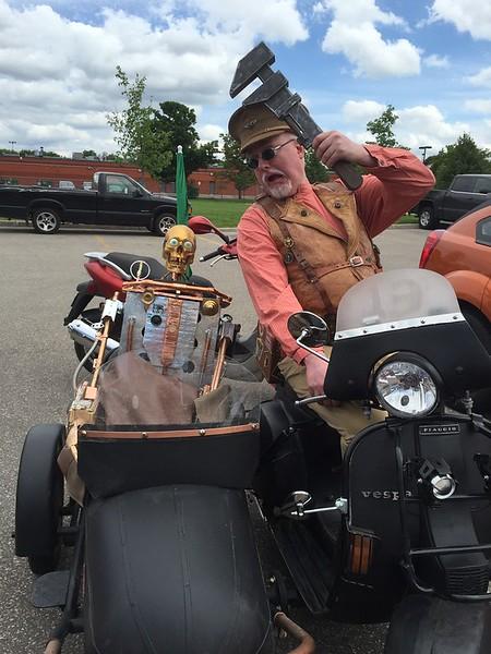 https://photos.smugmug.com/Motorcycles/MBSR-blog-pics/Mbsr2015/i-KMc6Trr/0/8e04bff1/L/IMG_5197-X2-L.jpg