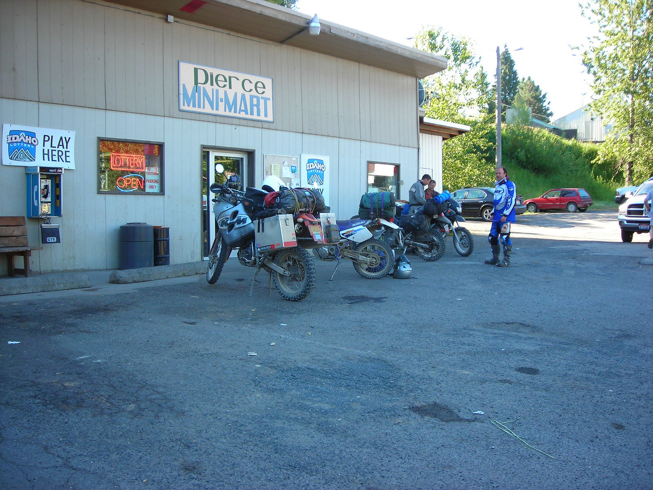 The Gang of Four in Pierce, ID