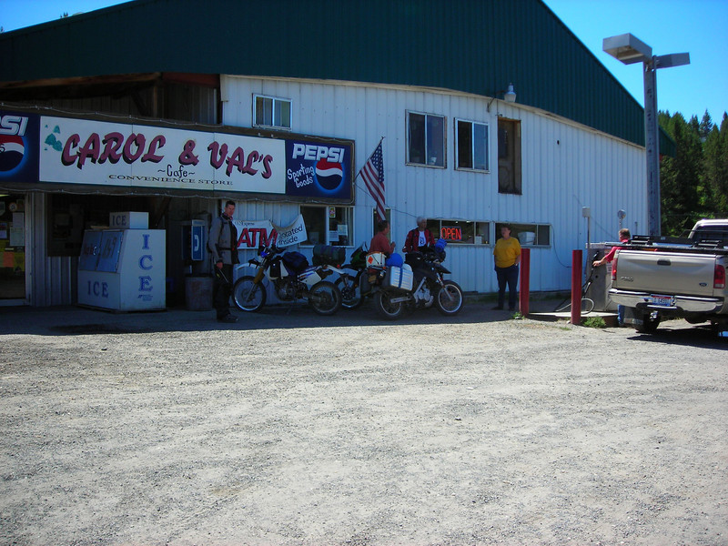 Gas and Shade in Elk City