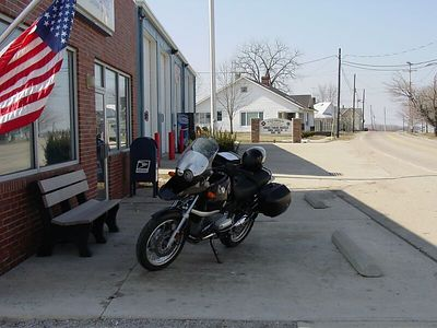 There's something quaint about small town Post Offices ... It brings to mind a simpler life and time, like Mayberry.