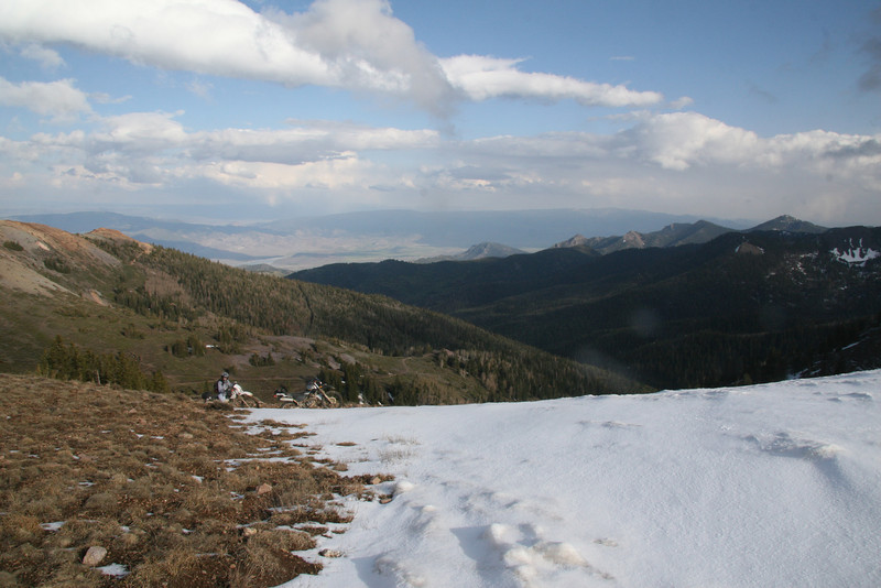 The final bit of trail is snow covered leaving us with a 500 foot hike.  At 11,200 feet you feel the thin air.