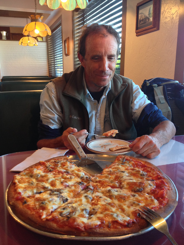 Friends told us about a great Pizza spot in Weaverville.  A fitting dinner after 295 miles around the Trinity Alps on a Moto Guzzi.