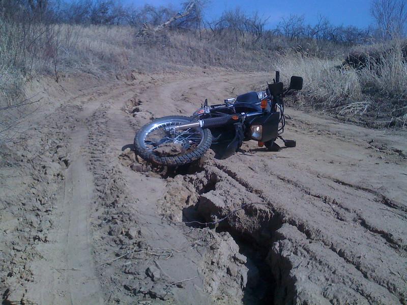 Found a seismic fault line – dirt nap!