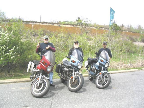 CVMG Mugs Run to AY Jackson lookout, north of Onaping on Hwy144 in 2008. L-R Dan Farrow 1975 850T.  Buck Buchanan 1975 850T and me on my 1000SP Spada.