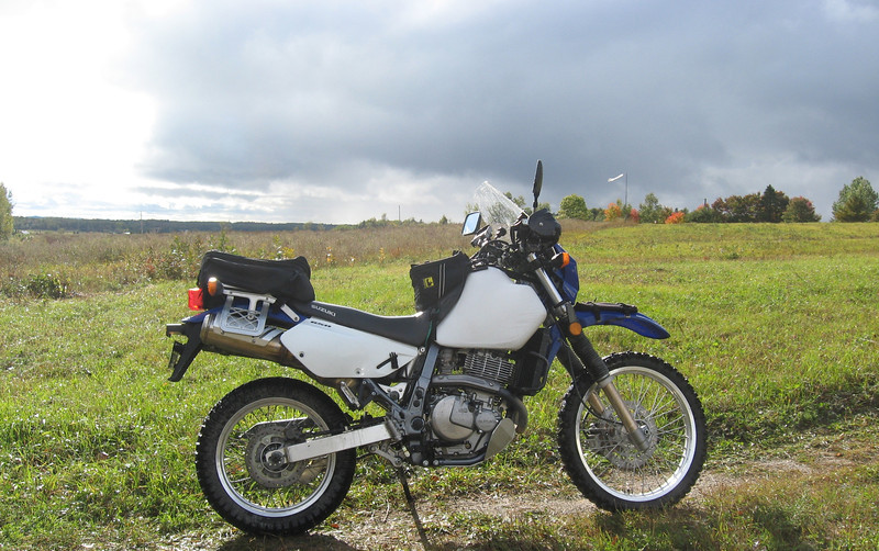 2006 Suzuki DR650 at Bob & Liz property, Massey.