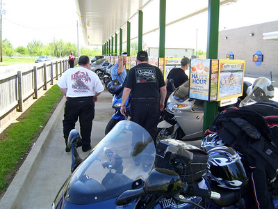 Jerry's lunch stop at Sonic in Broken Bow (no tables!).