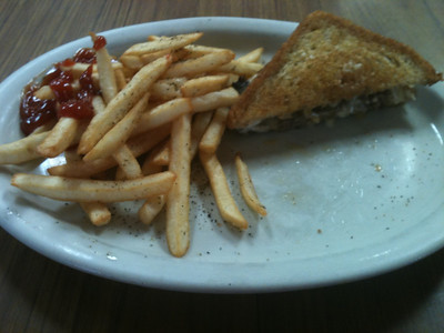 Lunch at Stevens Gap Restaurant in Hochatown, OK.  Great Patty Melt!  I already ate half before the pic.  I couldn't wait!