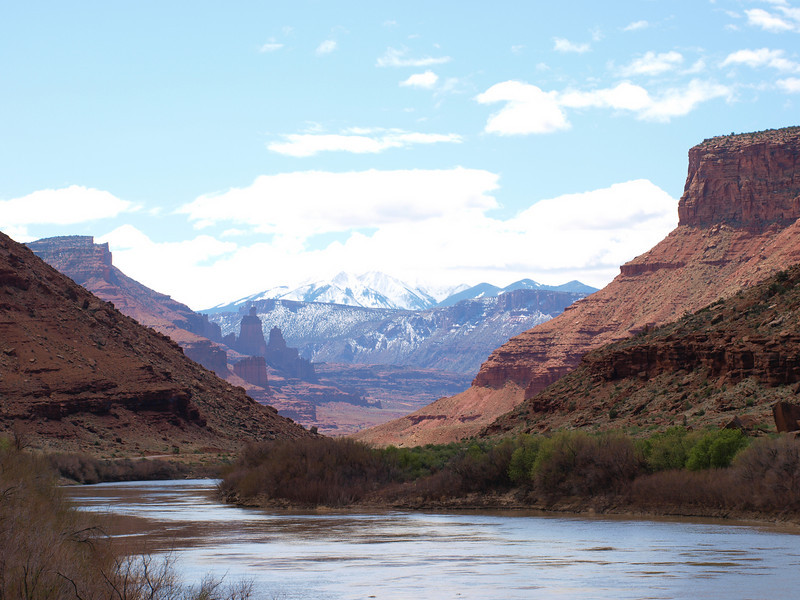Colorado river, Moab sandstone and the LaSal mountains