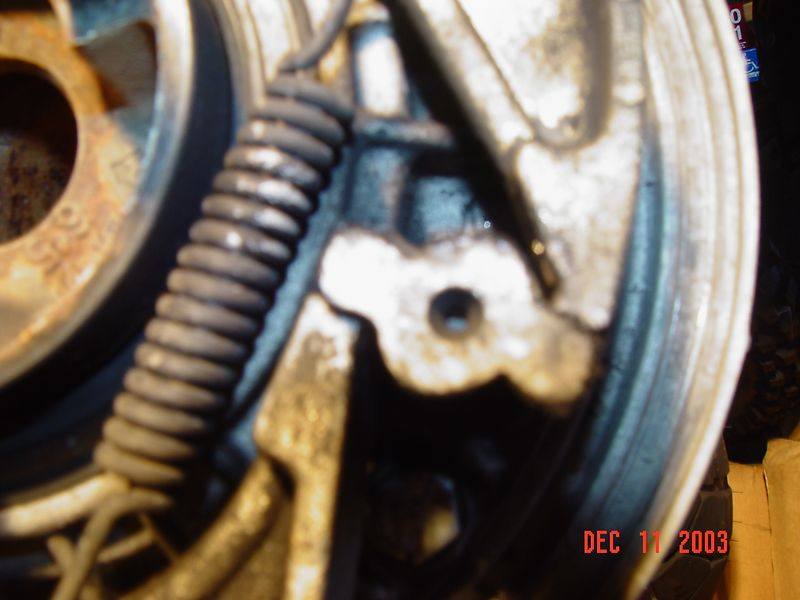 Detail of R80GS  modified brake cam showing how reversed brake shoes fit onto the reground cam lobes