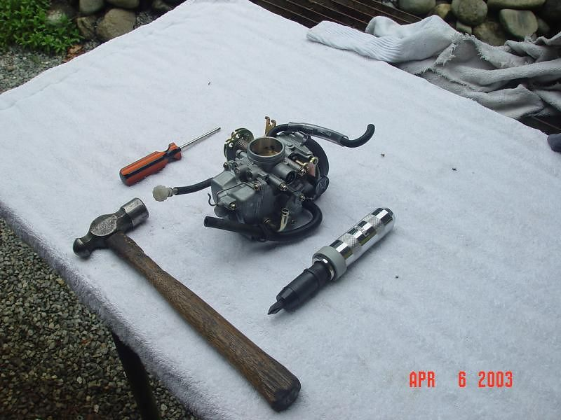 Carburetor is ready to be disassembled