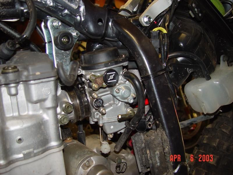 Everything is disconected, carb is ready to be taken out