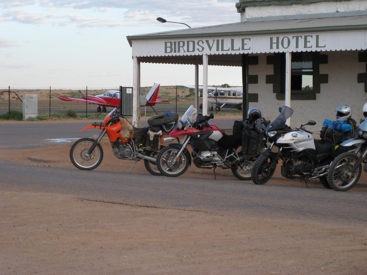 Birdsvill Hotel and airport.