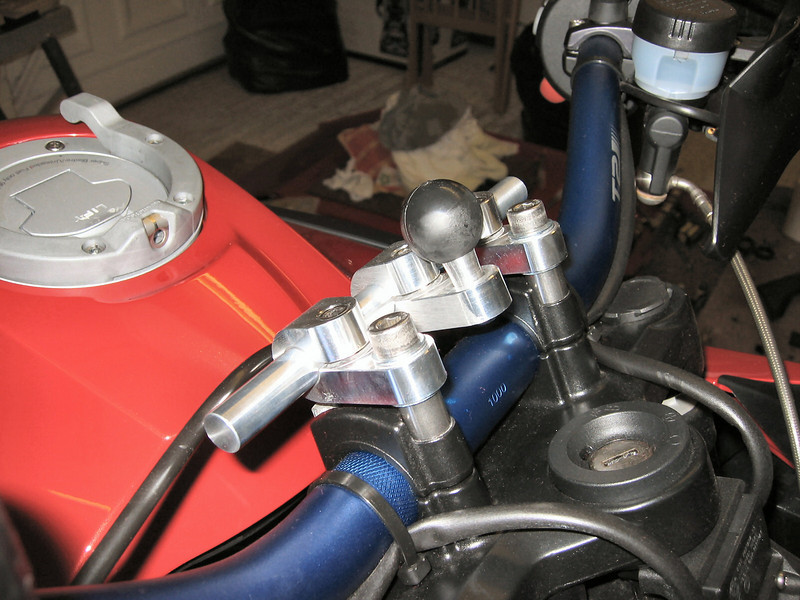 GadgetGuy GPS mount on my R1200GS