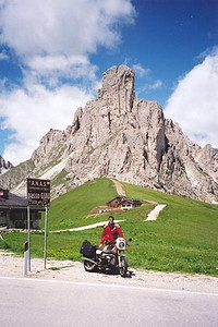 June 16, 2000 - Passo Giau, Italy.  Passo Giau (2233 m asl) is located on route 638, 11 kilometers down the road from Pocol, Italy. Although I've toured this area in 1997 and 1999, I wasn't fortunate enough to have the excellent weather that I encountered day after day this year. This identical photo is posted in my 1999 Tour page, but shrouded in cloud.