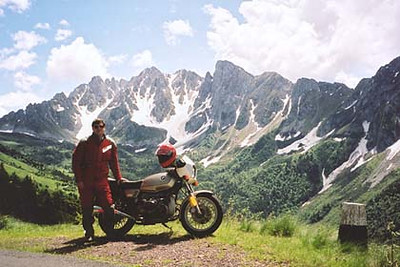 June 17, 2001 - Passo del Vivione, Italy.  Passo del Vivione and Passo Presolana lie between the towns of Forno Allione and Lovere. This photo was taken 700 meters south of the pass itself.