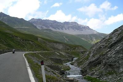 June 25, 2007 - Passo dello Stelvio, Italy  Heading up the west ramp to the pass.  Maps Overview:  http://edelweiss.smugmug.com/gallery/6406963_PwwSz#411687536_sFpMu-O-LB Detail:  http://edelweiss.smugmug.com/gallery/6406963_PwwSz#411687520_4NJqF-O-LB  GPS: N46 31.574 E10 24.519