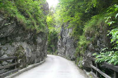June 16, 2008 - Gutenstein, Austria.  Just off the B21 in Gutenstein, this narrow road takes one over the Haselrast to Rohr im Gebirge. It offers some great views along the way.  Maps Overview:  http://edelweiss.smugmug.com/gallery/6457311_HRPMo#409454760_qs3GE-O-LB Detailed:  http://edelweiss.smugmug.com/gallery/6457311_HRPMo#409454753_QCvgJ-O-LB  Video found on YouTube  http://www.youtube.com/watch?v=4Apu14Nk4us