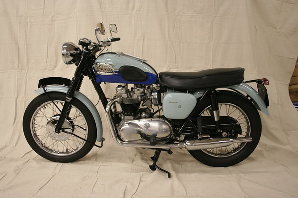 1960 Triumph Bonneville TR7 (Clark)
